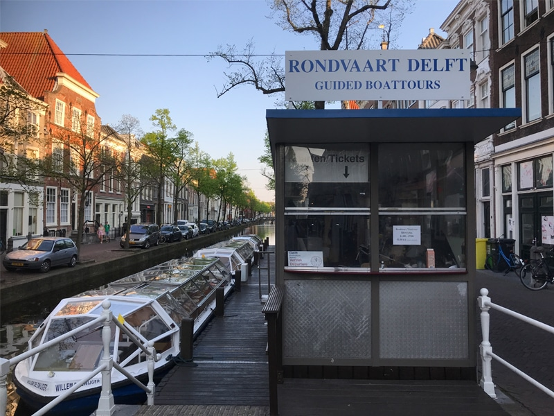 Departure point for boat tours in Delft.