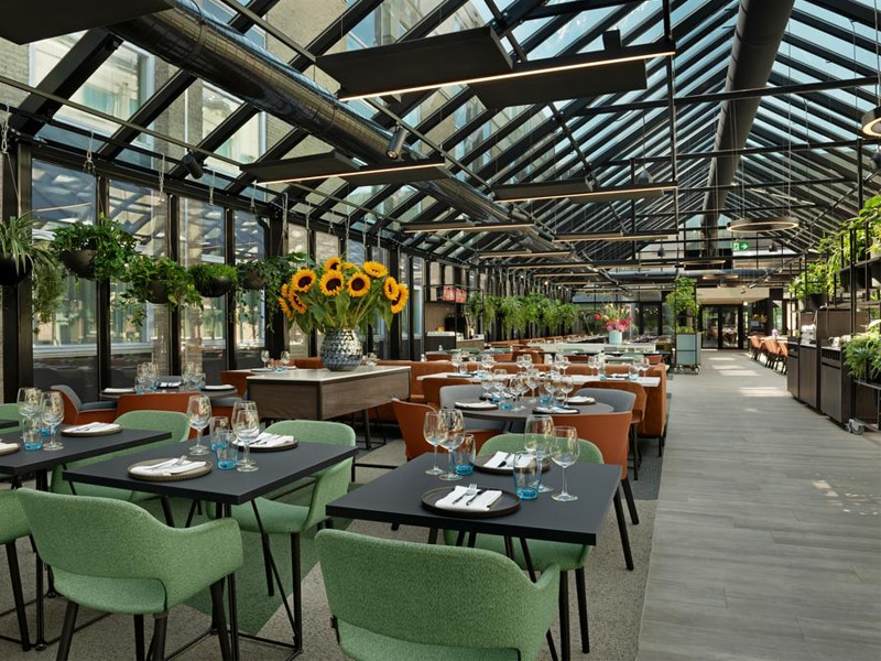 The restaurant at the NH Schiphol Airport hotel.